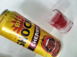 big-shock-cherry-wild-visen-energy-drink-test-can-juicy-perlivy-dzus-bomba-kompots