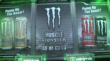 monster-nacs-muscle-new-strawberry-flavour-2013s